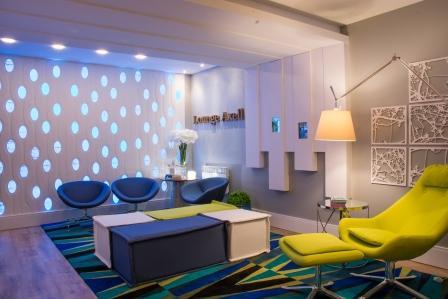 Tania-Bertolucci-e-Carolina-Nuernberg-Lounge-Axell-1